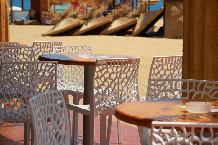 Outdoor Dining Tables (6).jpeg